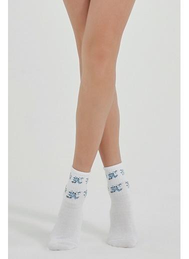 Penti Çorap Beyaz